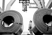中钢协承认铁矿石价格扭曲谈判双方分歧大