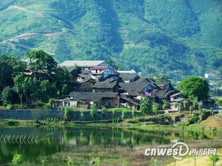 陕西将建百个旅游名村 游客过亿美梦能否成真
