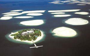 """""""世界第八大奇迹""""迪拜世界岛面临被淹没厄运"""