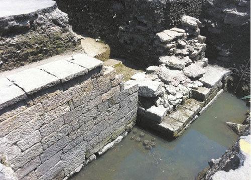 杭州建停车场挖出千年古桥遗迹 见证曾经繁华