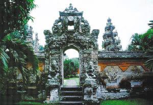 巴厘岛:印度尼西亚最闪耀的明珠(图)