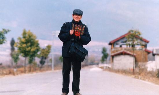 由张艺谋导演,高仓健主演的电影《千里走单骑》剧照