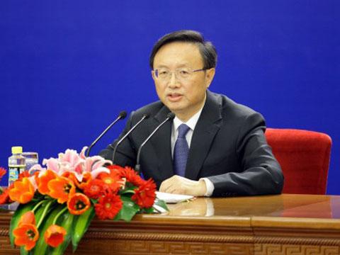 杨洁篪称不能把中国维护利益视为强硬