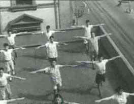1951年全国掀起做广播体操热潮