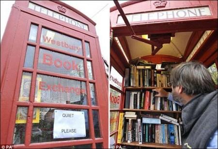英国报废电话亭变身迷你图书馆(组图)