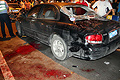 被撞车辆旁的地面上大块的血迹