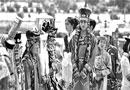 蒙古族服装艺术节举行