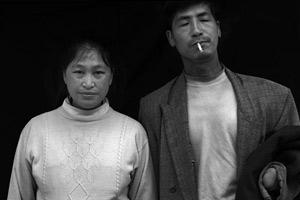 金奖:中国大地震丧子家庭再生育孕妇