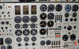 图-154M内部图