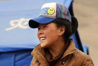 16岁藏族女孩挖出9位亲人