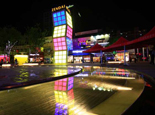 时尚的上海大拇指广场
