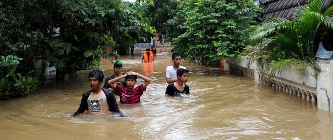 印尼发生强烈地震引发海啸