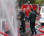 消防车、救护车在现场