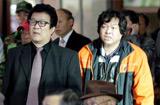 韩国民众观看炮击新闻