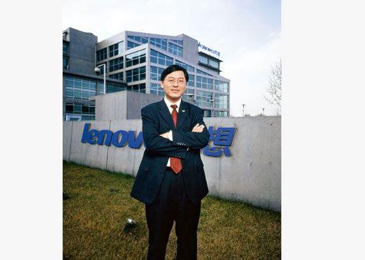 杨元庆,2004年12月摄于联想北京总部。