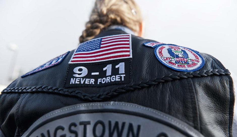 摩托车队纪念9-11遇难者