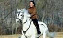金正恩亲妹妹骑马照曝光