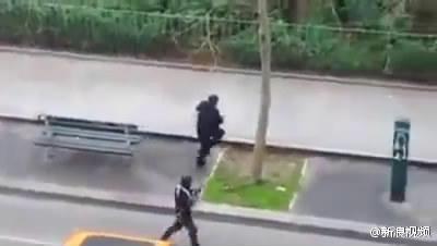 疑似现场视频:伤者倒地呻吟被补枪