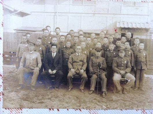 回到台湾后,蔡城林仍与同学保持联络,从日本寄来的照片记录着当时的学生生活。