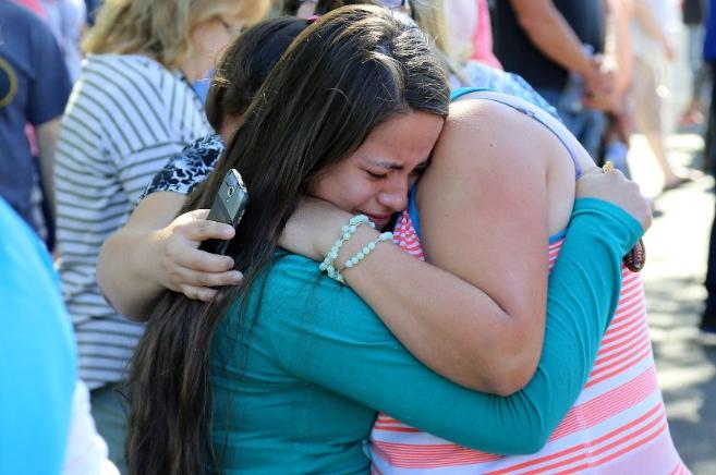 美国俄勒冈州校园枪击案已致10人遇难