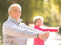"""晚年生活怕孤独 南京一些老人志趣相投选""""同居"""""""