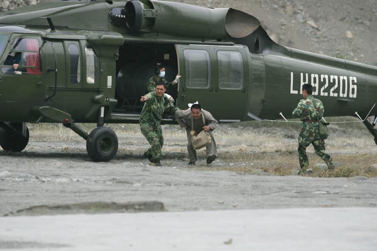 图文:银杏乡最后一名村民获救