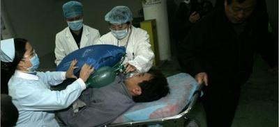 申城昨举行首次地下空间灾害事故救援演练(图)