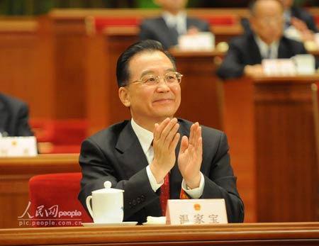 温家宝连任总理郭伯雄徐才厚任军委副主席(图)