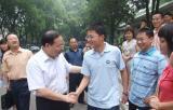 湖南省委领导为赴京青年团代表送行(图)