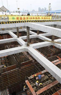 而且,为了便于这些临时建筑拆除后的回收利用,临时产关的钢结构连接全