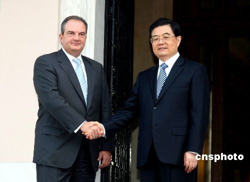 胡锦涛会见希腊总理卡拉曼利斯(图)