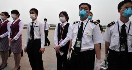 疫区航班首抵广州3名墨西哥人全过关