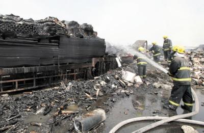安徽高速两起连环车祸18人死38人伤
