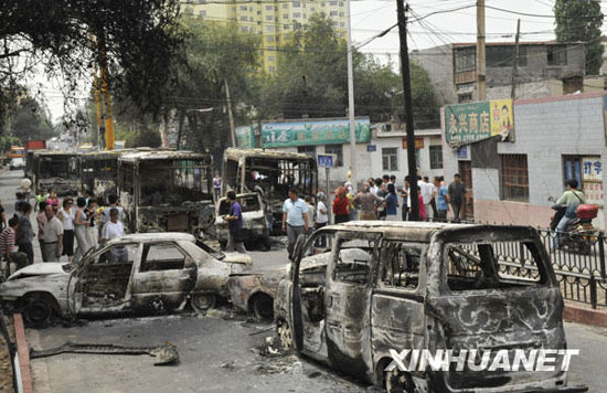 乌鲁木齐暴力事件已致140人死亡数百疑犯被抓