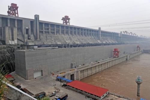 三峡工程175米试验性蓄水启动