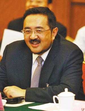 韩德云代表:上海钓鱼执法事件应问责决策者
