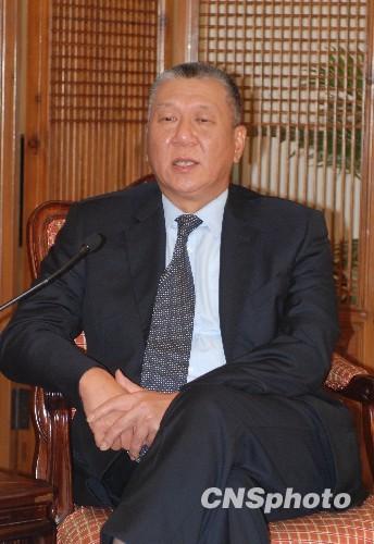 澳门首任特首何厚铧被增选为全国政协副主席