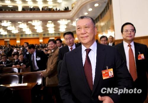 何厚铧生日当天当选政协副主席接受专访谈感受