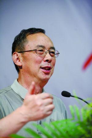 2010年8月1日,深圳,南方科技大学校长朱清时参加演讲活动。将曾 摄