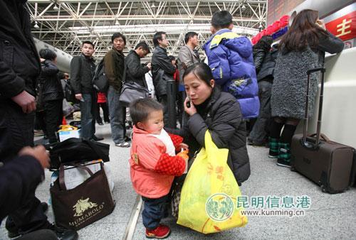 文山到重庆飞机