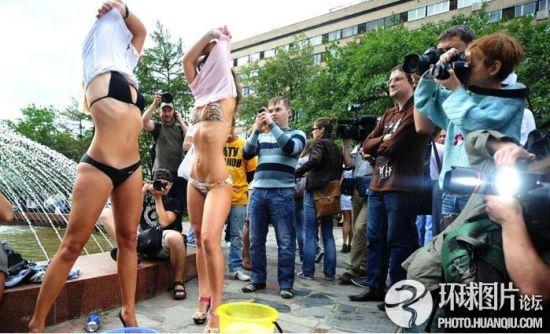 梅德韦杰夫黑人美女为v黑人禁酒令街头脱衣粉丝与美女越南图片