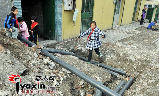 新疆乌鲁木齐市大湾北路58户居民担忧难按时供暖
