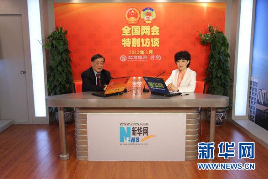 3月2日上午9:00,全国人大代表、杭州娃哈哈集团董事长宗庆后做客新华网两会访谈。