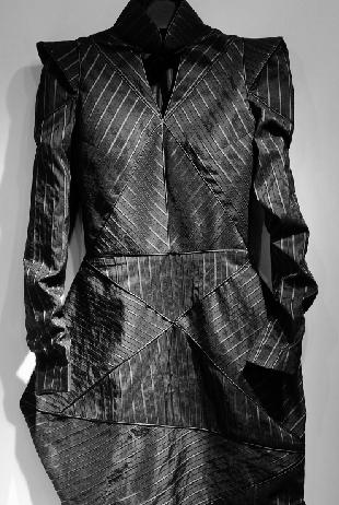 吴海燕为自己设计的旗袍