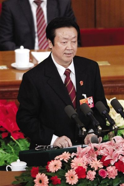 昨日,最高人民法院院长王胜俊作工作报告。