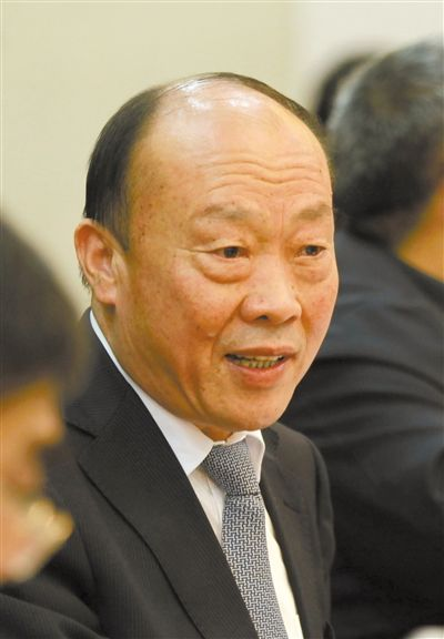 全国人大代表、首钢总公司董事长朱继民