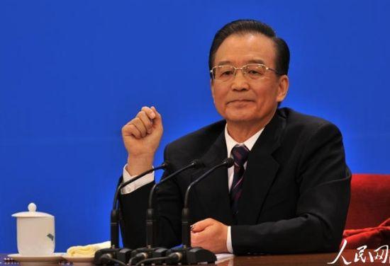 3月14日上午,温家宝总理在两会新闻发布会上答记者问。(图片:人民网)
