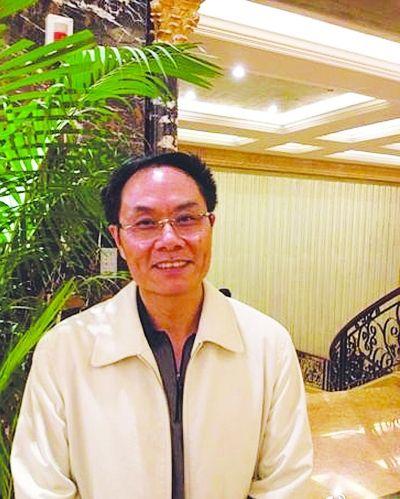 市委副秘书长王为崧