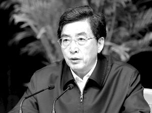 昨天,中共中央政治局委员、市委书记郭金龙在市委常委会扩大会议上讲话。京报集团记者 贾同军/摄