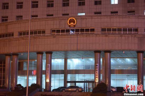 湖南民企老板市政府跳楼自杀或与资金困难有关